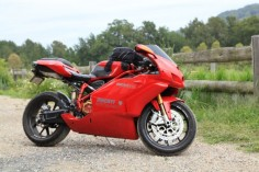 Ducati 999 on holiday