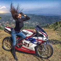 Ducati @ann_niie and Instagram