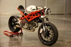"Ducati Cafe Racer ""Rat Army"" 1100 EVO by GRHV #motorcycles #caferacer #motos 