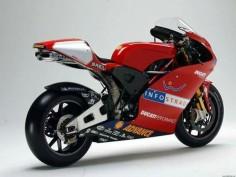 Ducati desmosedici motoGP