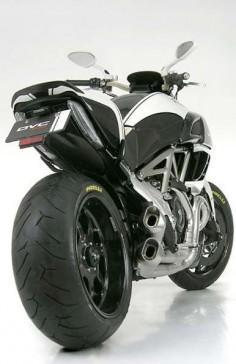 Ducati Diavel DVC Motocorse