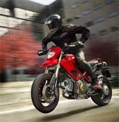Ducati hypermotard  Superbike