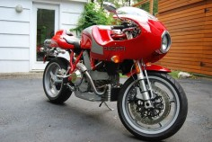 Ducati MH900e - Front Right