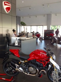 Ducati Monster 1200