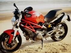 Ducati Monster795