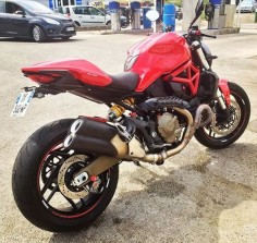 Ducati monster 821