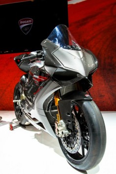 Ducati Panigale Carbon