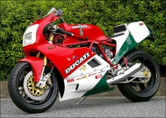 #Ducati (Paso?) in tricolore livery #italiandesign
