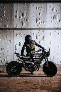 Ducati Scrambler and Pirelli together for the special edition by Vibrazioni® Art Design -  - Ducati Scrambler