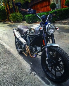 Ducati scrambler custom #caferacer #custom #scrambler #bober