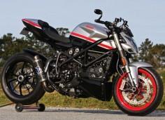 Ducati Streetfighter Corse