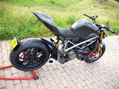 Ducati Streetfighter with a Panigale tail