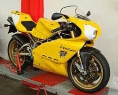 Ducati troll supertwin geel