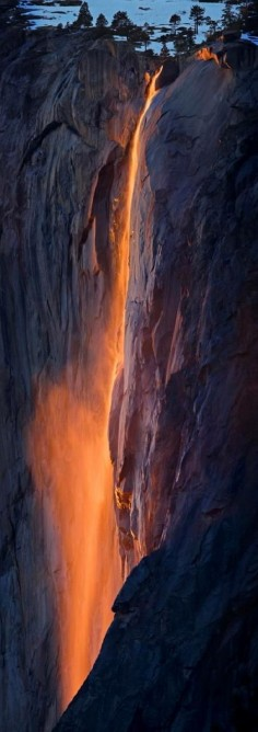 El Capitan - Fire Waterfall at Yosemite National Park