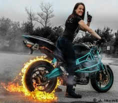 Fire burnout Nice picture from our fan |Girls, cars and bikes