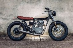 From Amsterdam: Yamaha XS650 Street Tracker by Motogadgets #motorcycles #streettracker #motos |