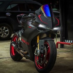 Ghost By: Moto Addict Pro Street Shop, Thailand #ducatistagram #ducati #1199s #panigale #dark #stealth