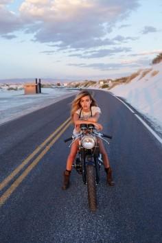 #girls #motorcycles #motos |
