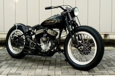 Give me a Harley like this and I will ride a Harley. This might be the best one I have ever seen.