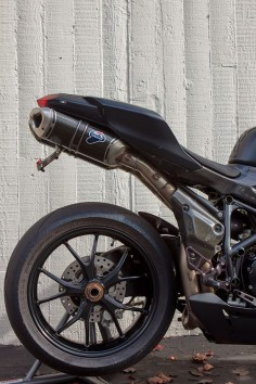 Handsome tail: 2011 Ducati 848 EVO Matte Black