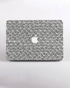Hard Plastic Monochrome Triangle Pattern Macbook Case Design in White for MacBook Pro Retina Display and MacBook Air Case