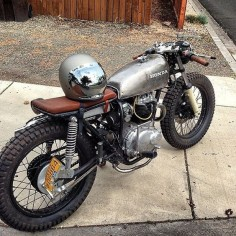 Honda CB //