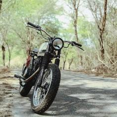 Honda CB100 tracker discover #motomood
