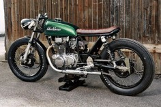 Honda CB250 Cafe Racer by Blackbean Motorcycles #Honda #caferacer #motos |