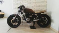 Honda CB400N #caferacer discover #motomood