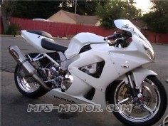 HONDA CBR 929 Pearl White. Look fresh and cool?