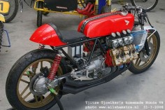 Honda v8 Cafe Racer.