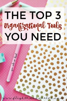 I'm a bit of an organizational nerd, and as a newbie blogger, I've been searching high and low for awesome organizational tools. Check out my top three!