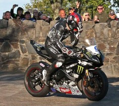 Isle of Man TT - Ian Hutchinson