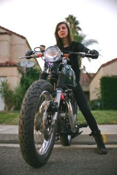 Jessica Van Dusen's 1968 Honda CB350 on  #motolady #motorcycles