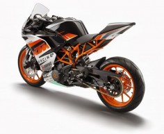 Jornal do Motociclista: KTM RC390: os genes das Moto3 estão nas ruas.