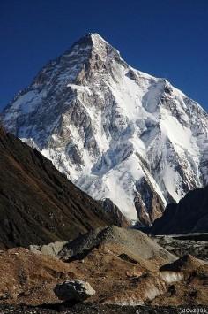 K2 (8611m), Karakoram, Pakistan.