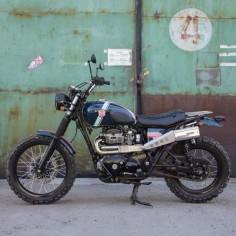 Kawasaki W650 Scrambler by Mandrill garage #motorcycles #scrambler #motos |