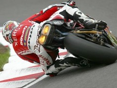 Lanzi on the 999R. (Ducati Tyrol)