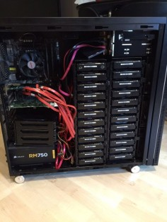 Lian Li A76X with 30 drives