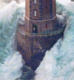 Lighthouse in a storm, watch out!!!