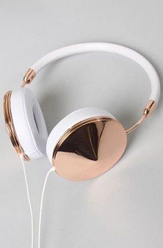 Love these incredibly chic rose gold Taylor headphones, $200 Insanely cool white leather headphones featuring rose gold hardware and memory foam earpads. 3-button mic with volume, music and phone control. Fabric cord, compatible with iPod/iPhone/iPad.