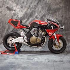 """Lsr Bikes: Suzuki Bandit 600 """"Suzuka"""" by XTR PEPO"""