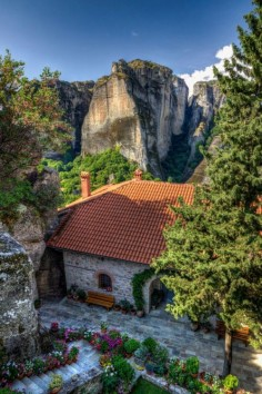 Meteora, Thessaly / Greece (by Thomas Mulchi). It's a beautiful world