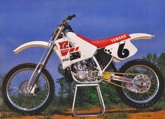 Mickey Dymond's Factory Yamaha YZ250 by teyblyy, via Flickr
