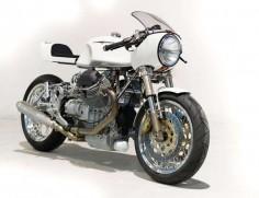Moto Guzzi 1100 Sport Cafe Racer - Claude Battheu #motorcycles #caferacer #motos |