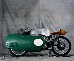 Moto Guzzi 500 V8 with dustbin fairing.
