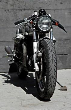 Moto Guzzi Cafe Racer. Nice!