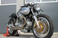 Moto Guzzi Classic Cafe Racer Neuaufbau von Radical Guzzi nach Kundenwunsch | eBay