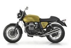 MOTO GUZZI V7 CAFÉ CLASSIC  circa 2009 remake of original design from the 70's. Lots of speed on this one, and still maneuverable. Seperate breaking system, in contrast to the classic V50.