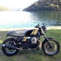 Moto Guzzi V7 Classic mock-up.